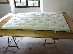 dormilaine fabrication artisanale de literie en laine haut de gamme. Black Bedroom Furniture Sets. Home Design Ideas