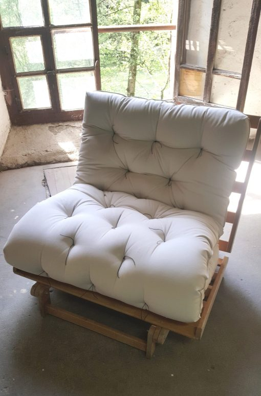 Futon plié en sofa